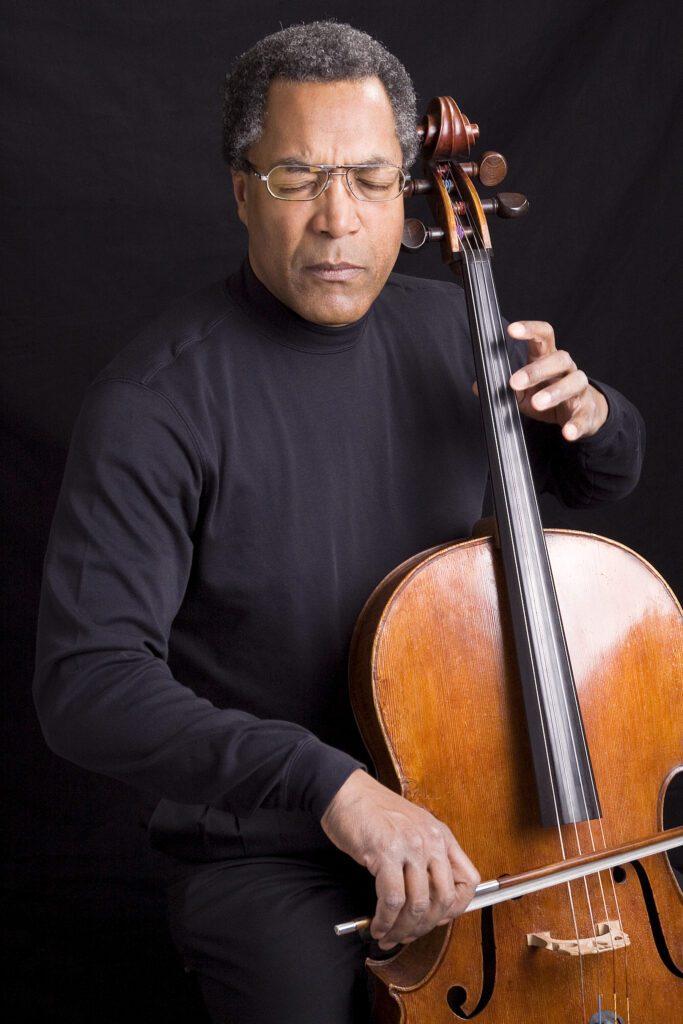 Cellist Anthony Elliott